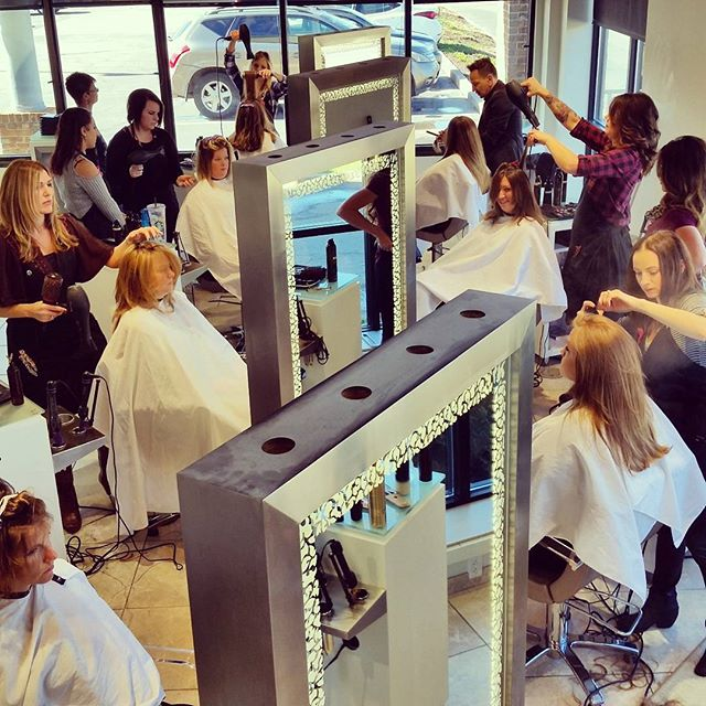 Haircut and Hairstyling Serivces - Panache Salon in Erie,