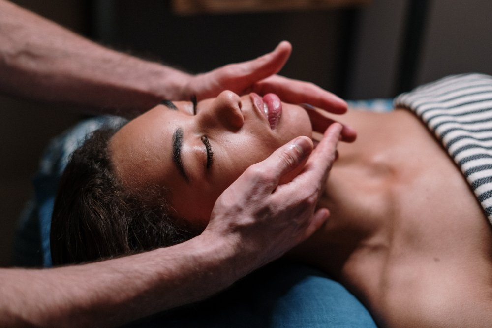 Facial Spa Treatments for Stress Relief