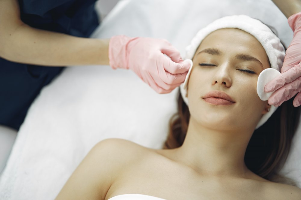 7 Benefits of Facials You Probably Don't Know